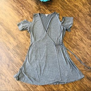Dresses & Skirts - C wrap dress size L